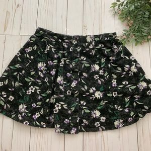 AMERICAN EAGLE black floral button front skirt